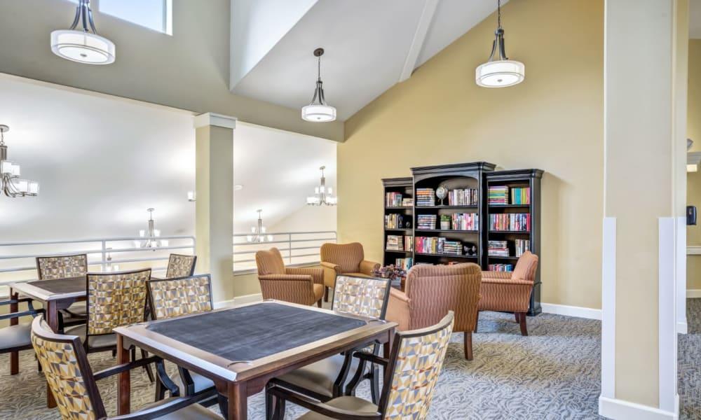 Sitting area at Woodside Senior Living in Springfield, Oregon