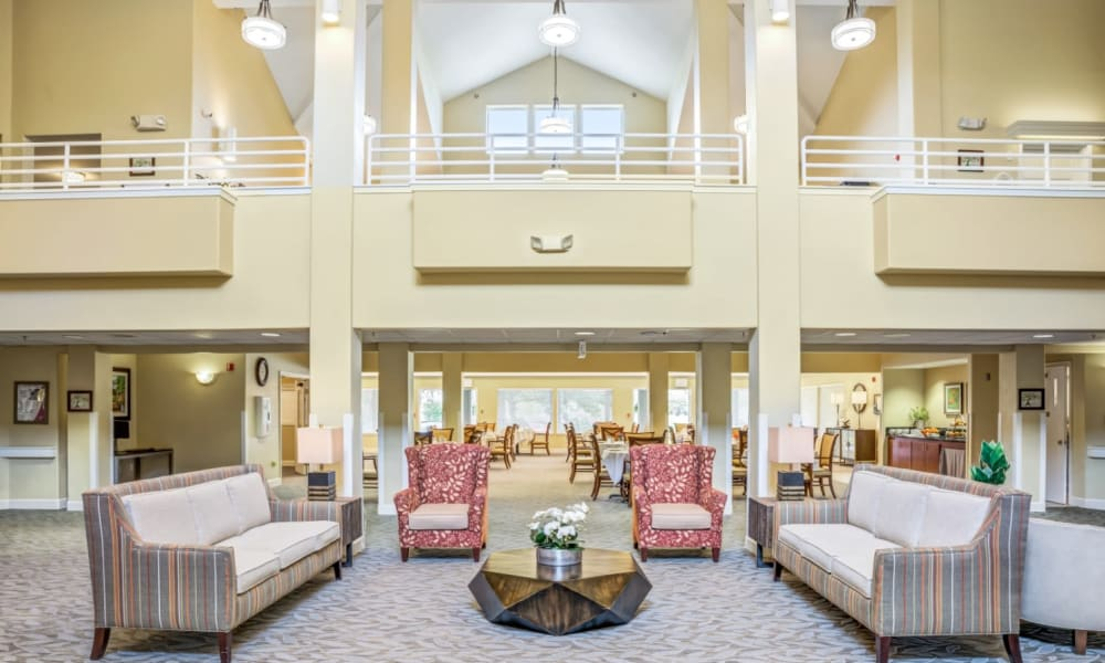 Lobby with vaulted ceilings at Woodside Senior Living in Springfield, Oregon