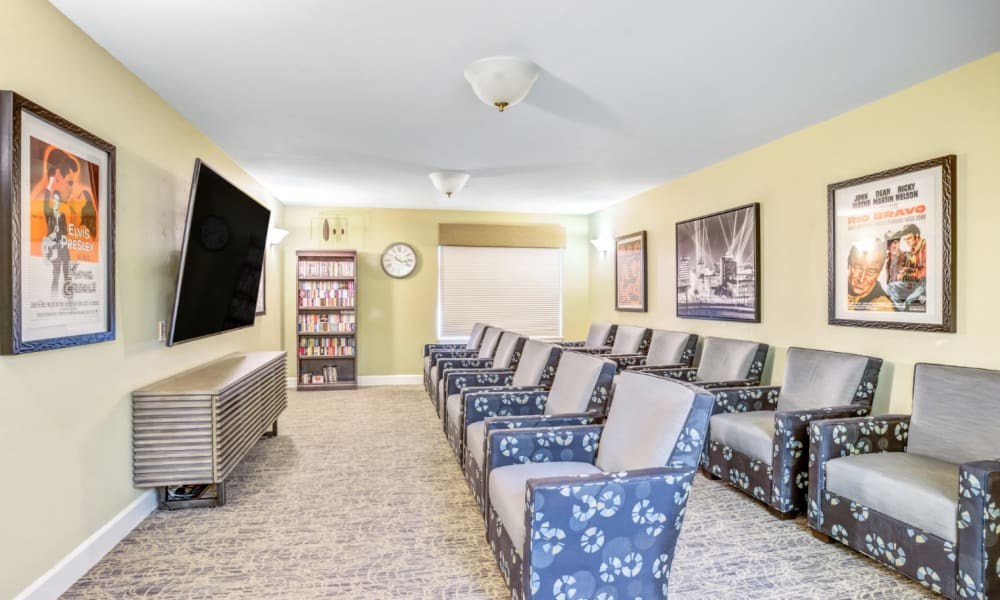 Theater room at Woodside Senior Living in Springfield, Oregon