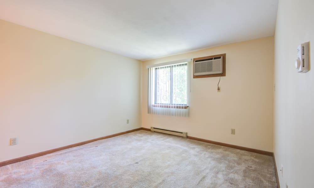 Bedrooms with plenty of space at Kimbrook Manor Apartments in Baldwinsville, New York