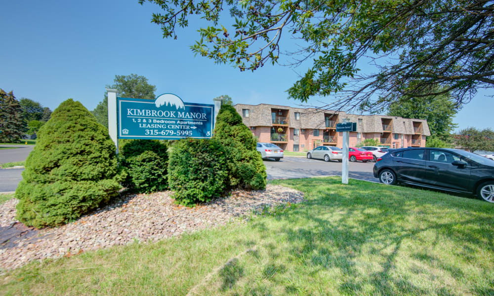 Community Entrance at Kimbrook Manor Apartments in Baldwinsville, New York
