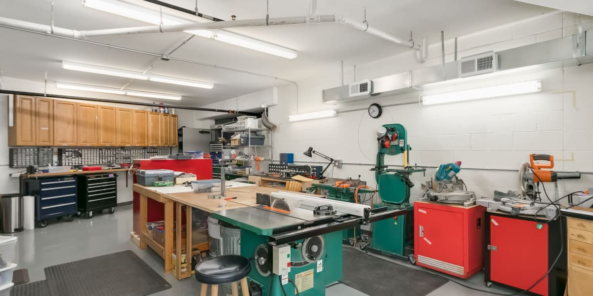 Workshop at Applewood Pointe of Westminster in Westminster, Colorado