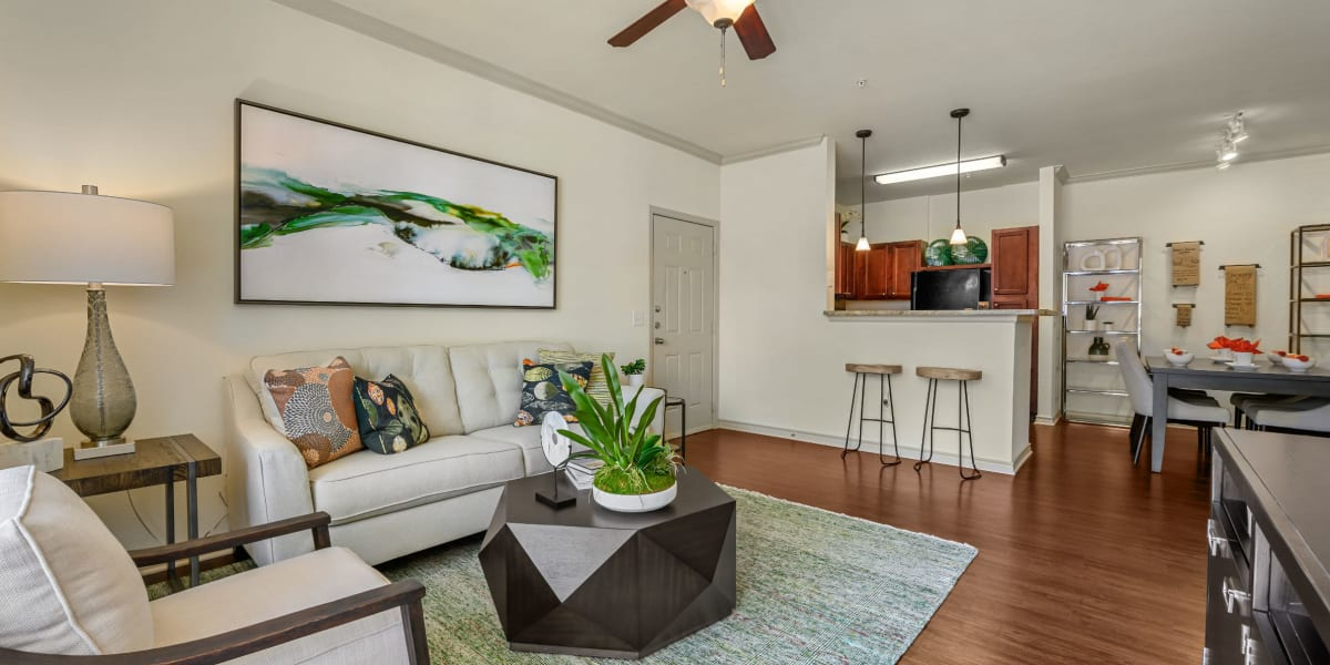 Living room at Marquis Lakeline Station in Austin, Texas