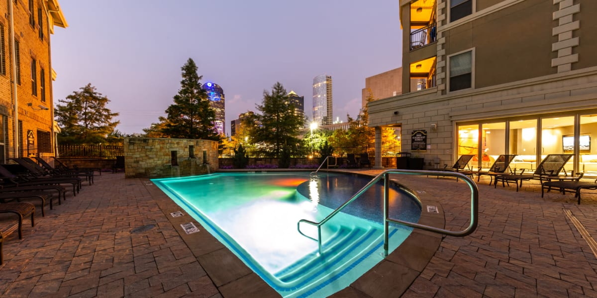 Swimming pool at The Marquis of State Thomas in Dallas, Texas