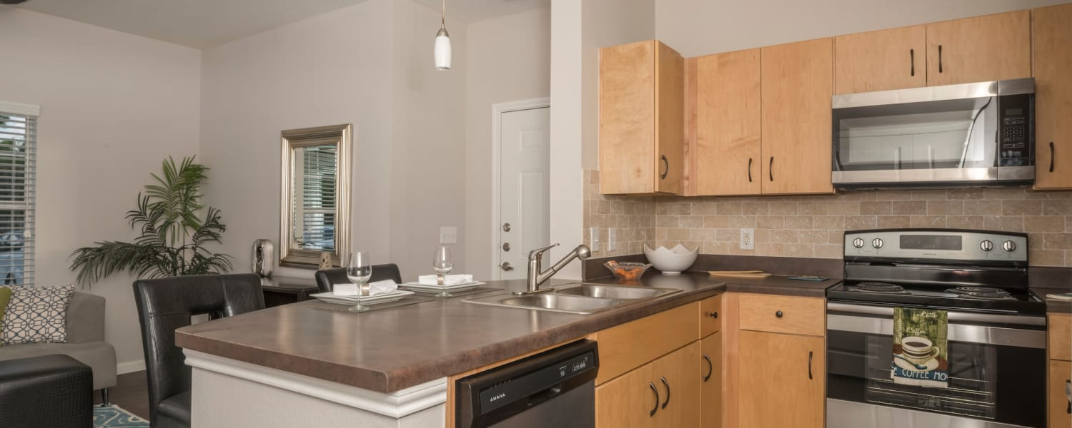 Cambria Cove Apartments in Houston, Texas offers kitchens with stainless-steel appliances