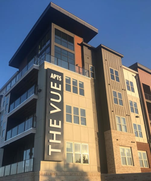 View amenities at The Vue at Westchester Commons in Midlothian, Virginia