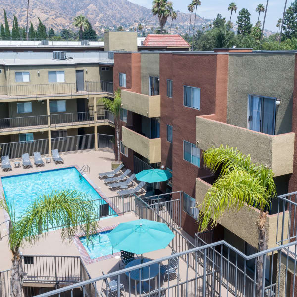 Glendale Apartments: Grandview Glendale, CA Apartments For Rent