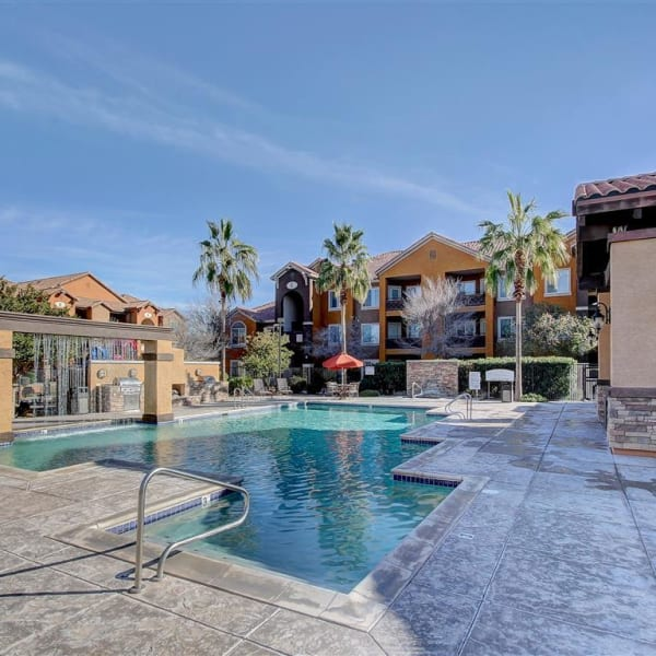 Beautiful swimming pool at Tierra Pointe in Casa Grande, Arizona