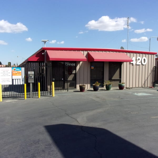 Exterior of the main office at StorQuest Self Storage in Los Banos, California