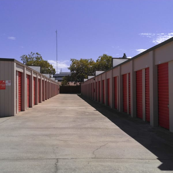 Medium outdoor units at StorQuest Express - Self Service Storage in Sacramento, California
