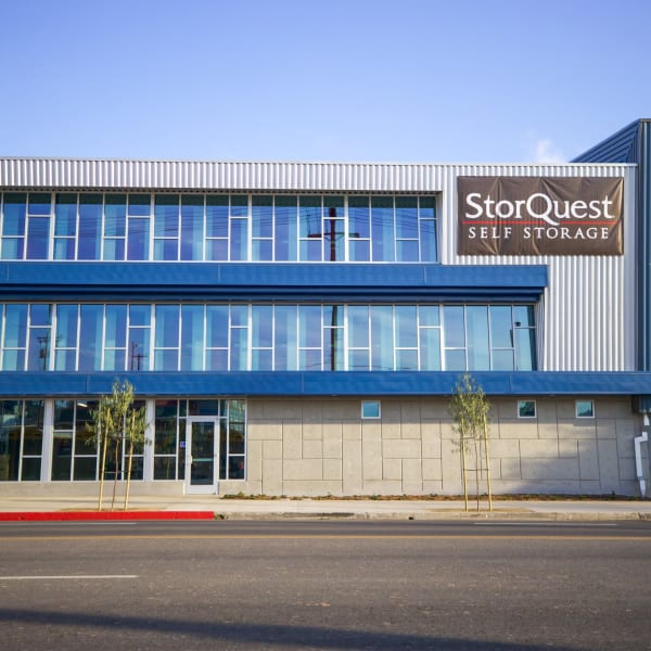 Front of StorQuest Self Storage in Los Angeles, California
