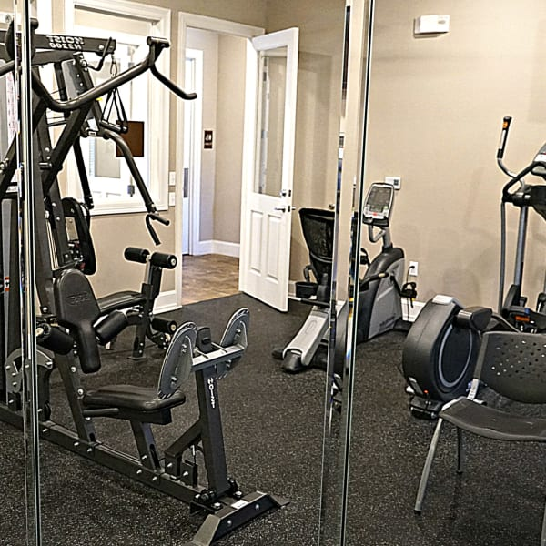 Fitness center at Riverview Apartment Homes in Chalmette, Louisiana