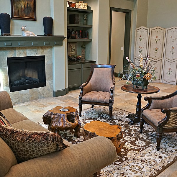 Cozy clubhouse at Wood Crest Apartment Homes in Chalmette, Louisiana