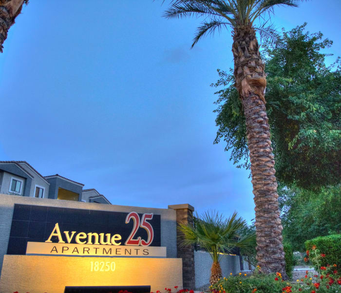 Sign at the front entrance of Avenue 25 Apartments