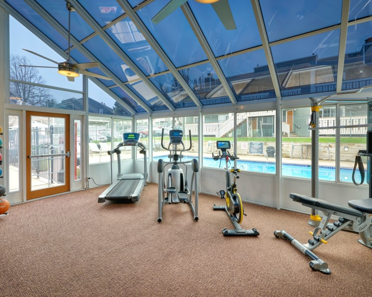 Click to see our amenities at Bluesky Landing Apartments in Lakewood, Colorado