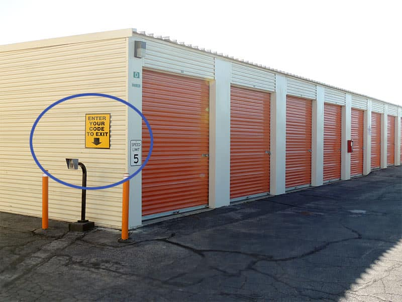 Self storage units at AV Self Storage in Palmdale, CA