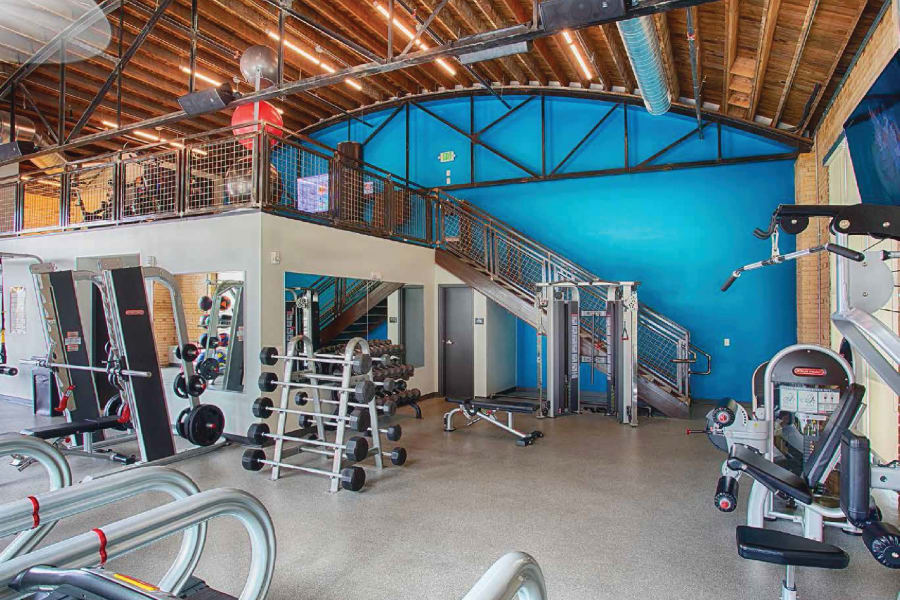 Beautiful gym at Oxford Station Apartments in Englewood