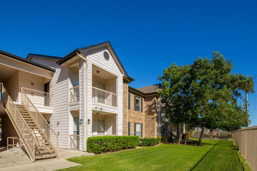 apartments stairs and entrance at Veranda in Texas City, Texas