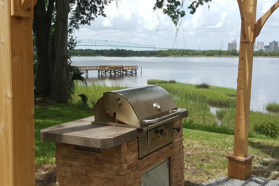 Grilling area near St Johns River at Pier 5350 in Jacksonville, Florida