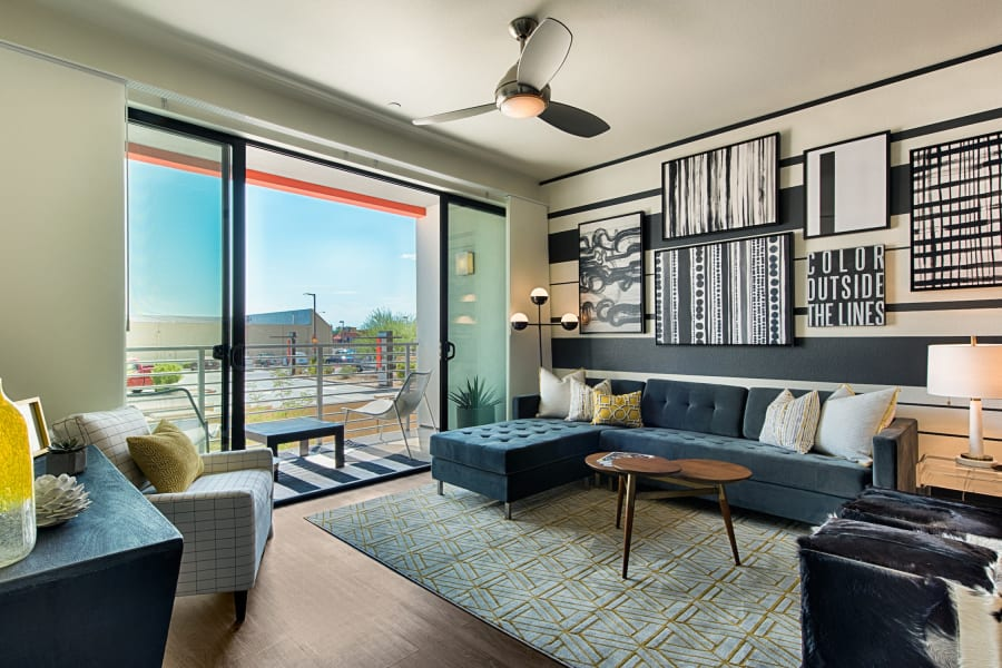 Bright open living room at The TOMSCOT in Scottsdale, Arizona