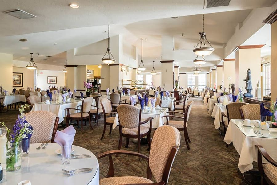 Large restaurant-style dining hall at Carmel Village in Fountain Valley, California
