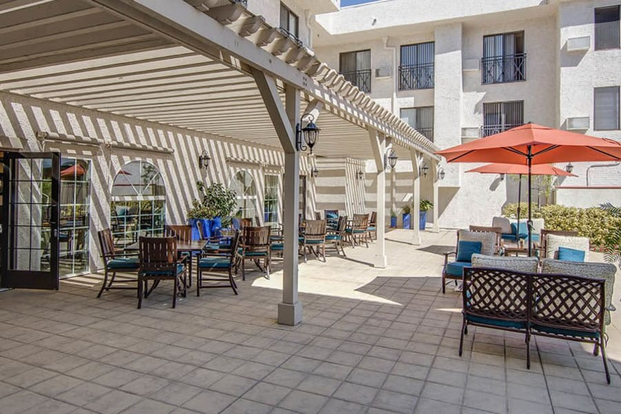 Spacious outdoor patio with lots of seating at The Commons at Woodland Hills in Woodland Hills, California
