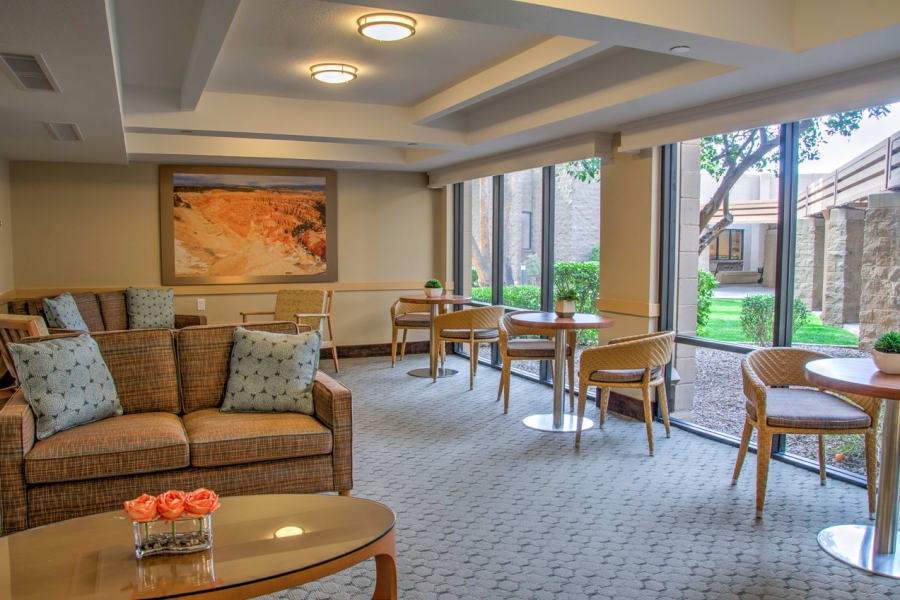 Indoor common area with plenty of seating at Bella Vista Senior Living in Mesa, Arizona