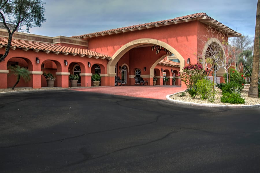 Driveway arch at the entrance to Casa Del Rio Senior Living in Peoria, Arizona