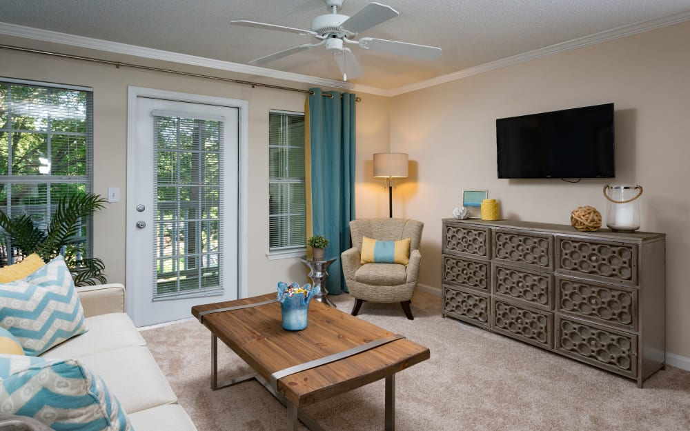Link to floor plans at The Vinings at Newnan Lakes in Newnan, Georgia