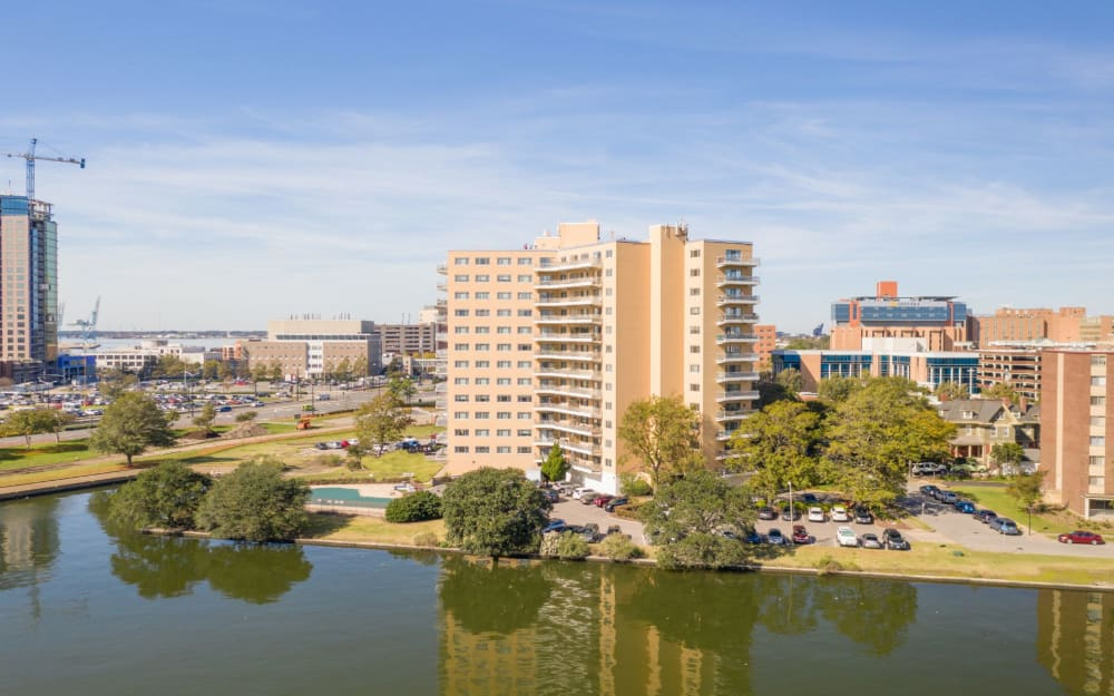 Link to neighborhood info for Pembroke Towers in Norfolk, Virginia
