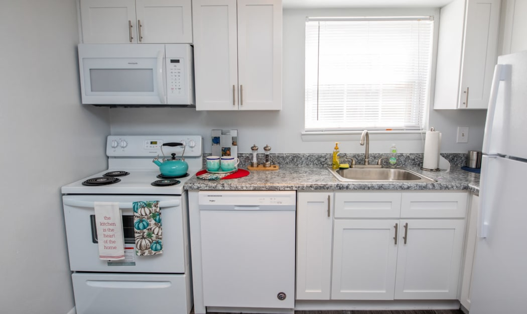 Our Apartments in Newport News, Virginia offer a Kitchen