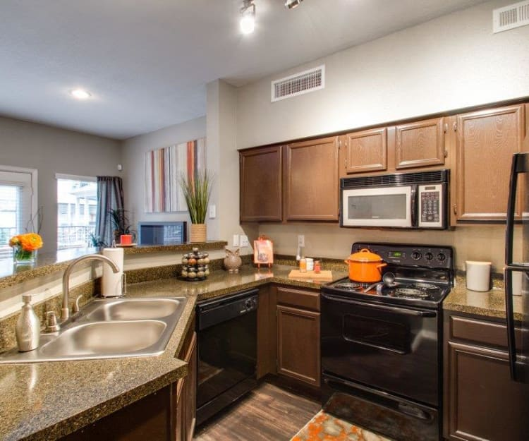 In-Home Features at Watermarke Apartments in Fort Worth, Texas