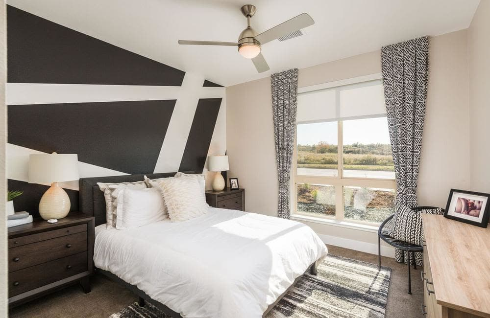 Our apartments in Highlands Ranch, Colorado showcase a modern living room