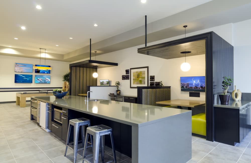 Solana Cherry Creek offers a modern dining table in Denver, Colorado