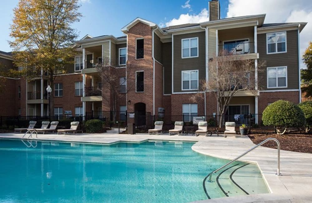 Inviting swimming pool on a beautiful day at Presley Oaks in Charlotte, North Carolina