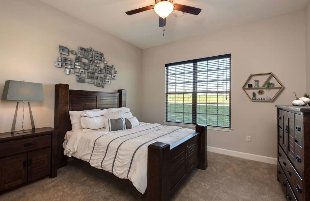 A spacious apartment bedroom at Boulders at Overland Park Apartments in Overland Park, Kansas