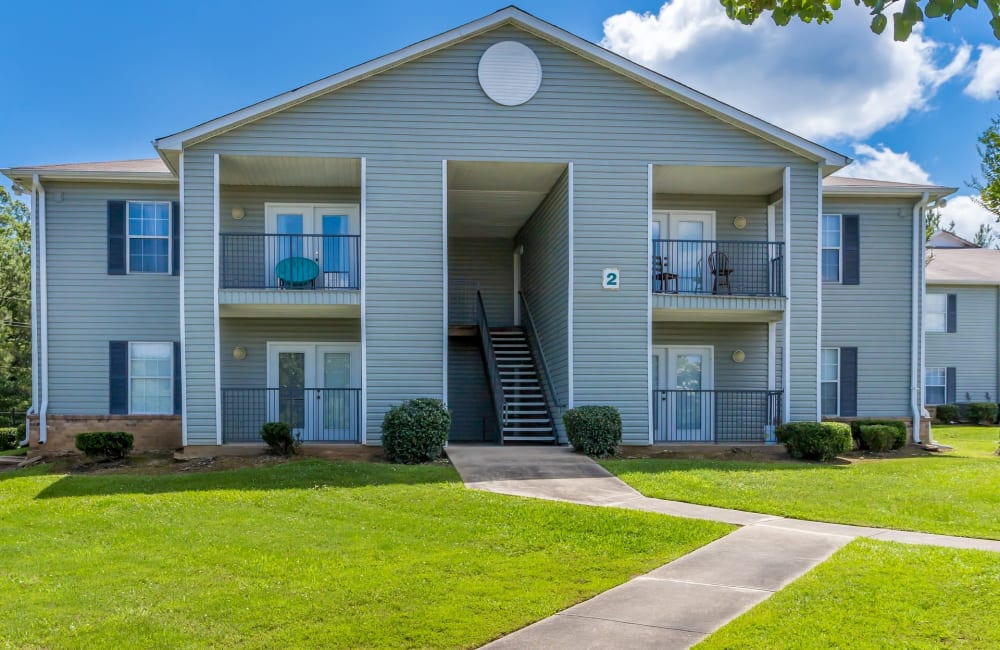 Apartment building exterior at Summer Park Apartments in Jackson, Mississippi