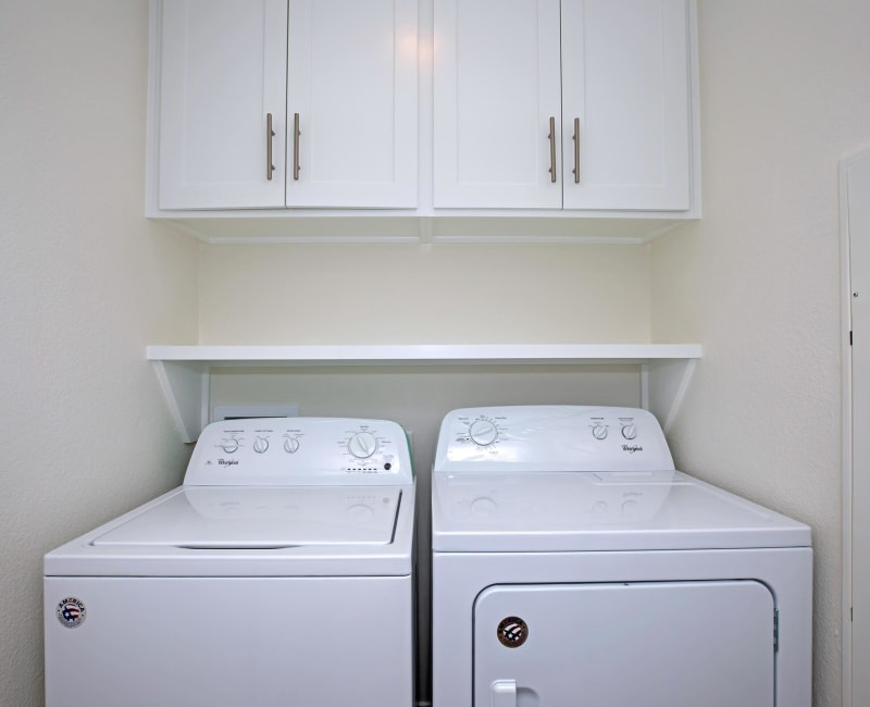 In-home washer and dryer at Roundhill Townhomes in Houston, Texas