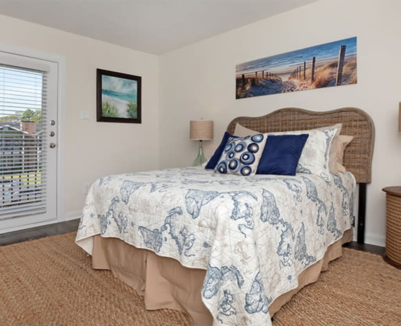 Primary bedroom at Roundhill Townhomes in Houston, Texas