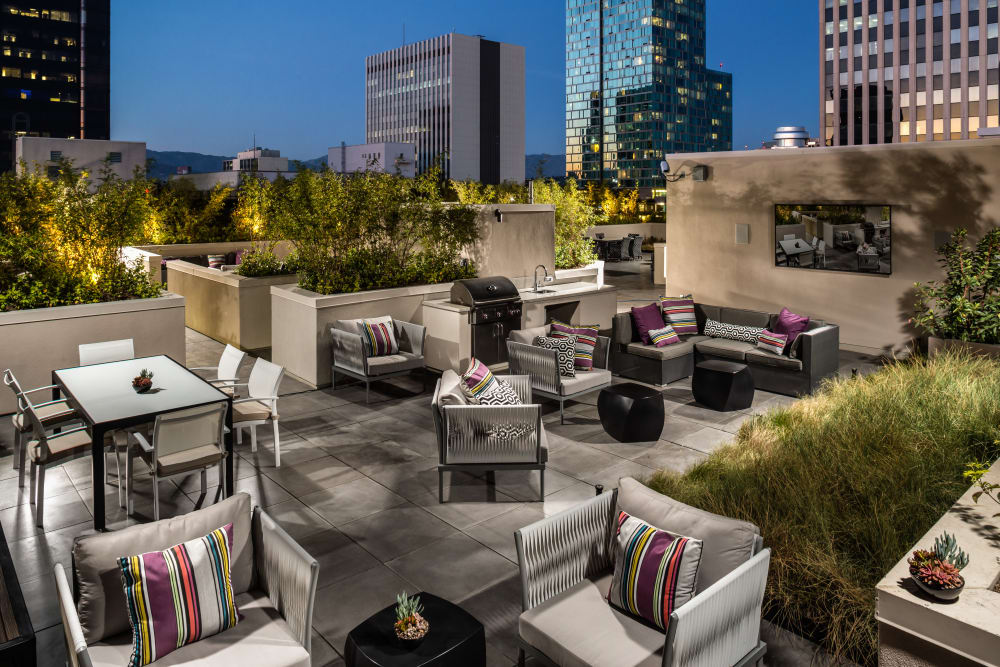 Rooftop bistro tables at Berkshire K2LA
