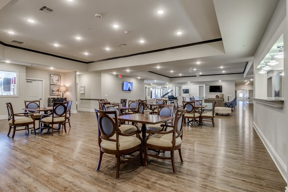 Dining area in Rowlett at Iris Memory Care of Rowlett