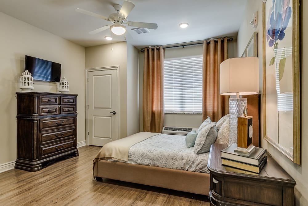 Iris Memory Care of Rowlett model bedroom in Rowlett