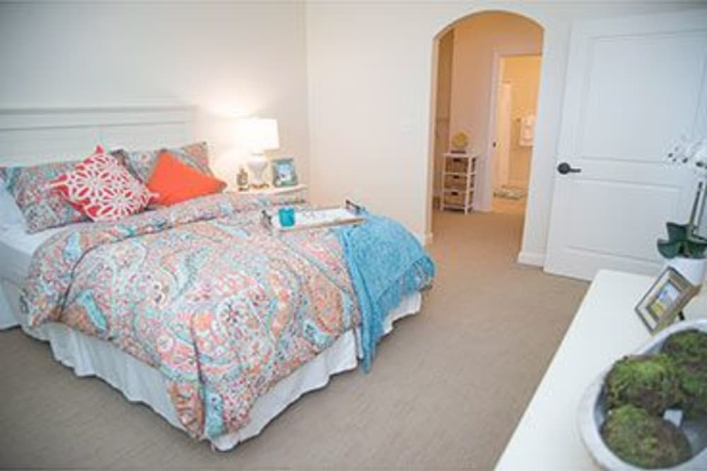 Model Assisted Living bedroom at Symphony at Stuart
