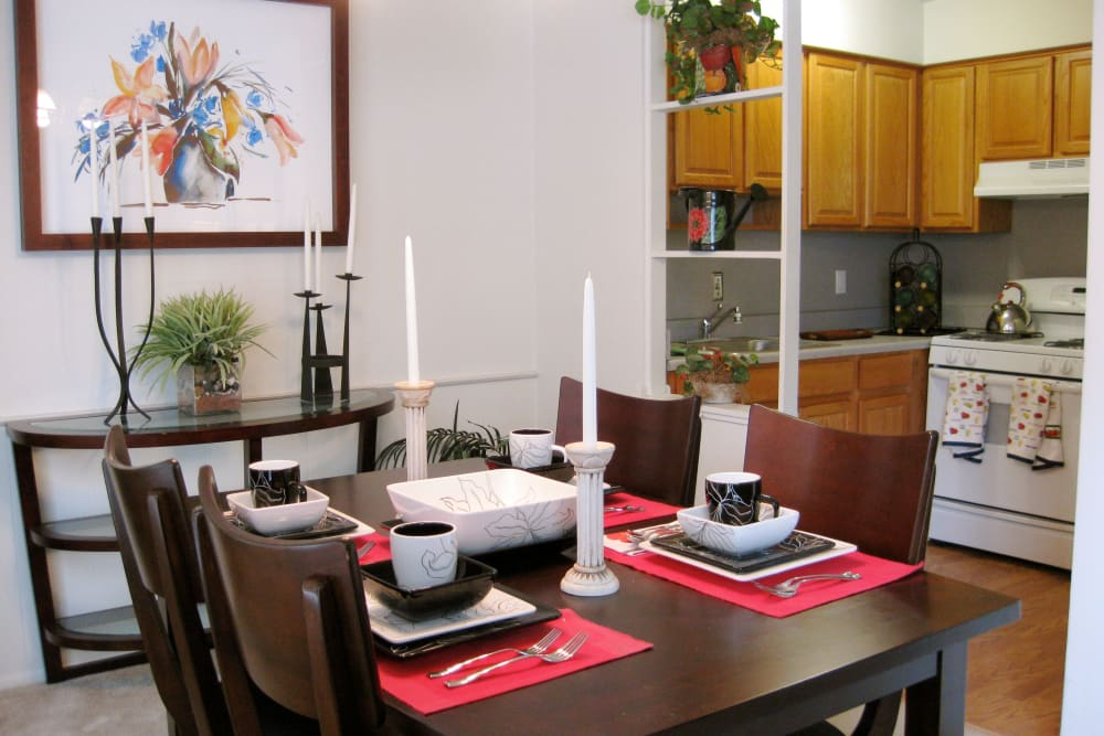 Dining area at The Meadows on Balfour apartments in Harper Woods, MI