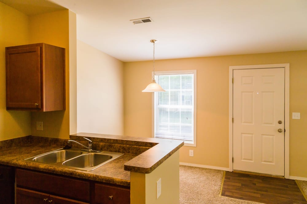 Enjoy the apartment amenities at The Meadows in Ypsilanti, MI