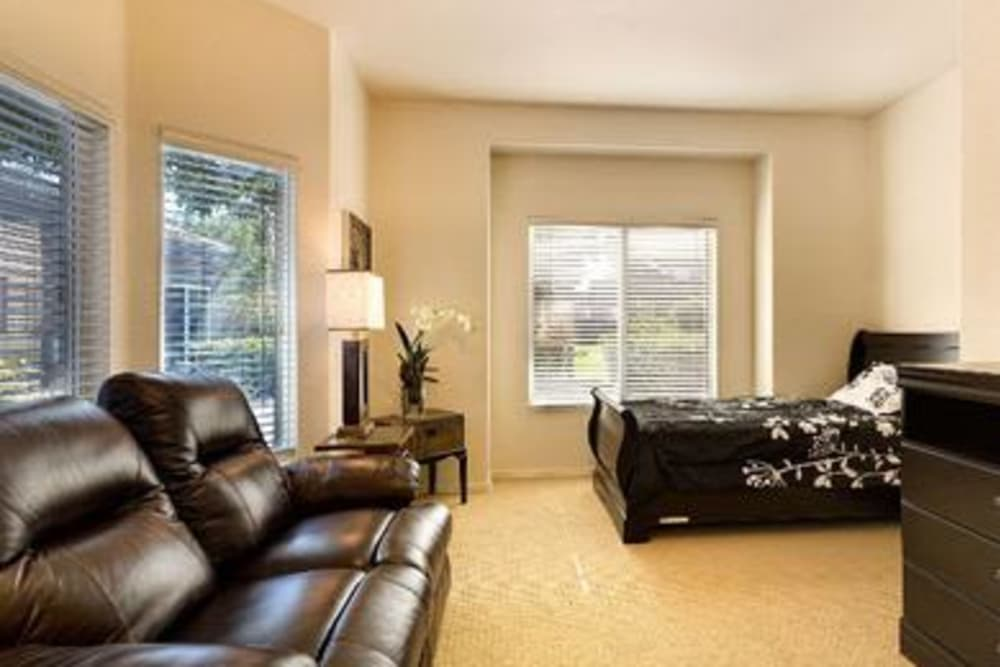 Beautiful room at Pacifica Senior Living Green Valley