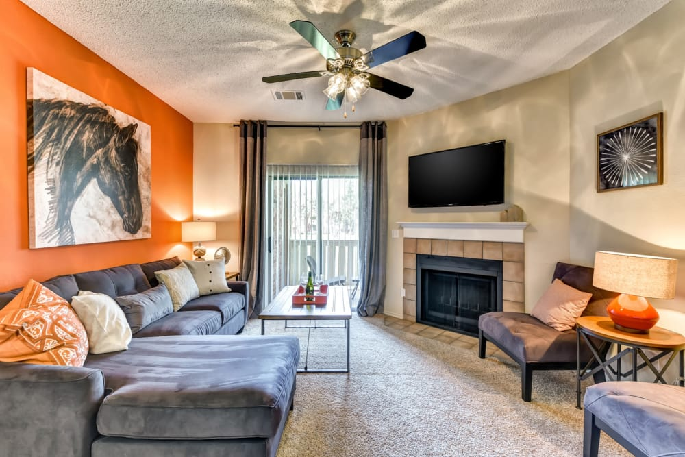 Tall Timbers Apartments | Euless Apartments & Townhomes for Rent
