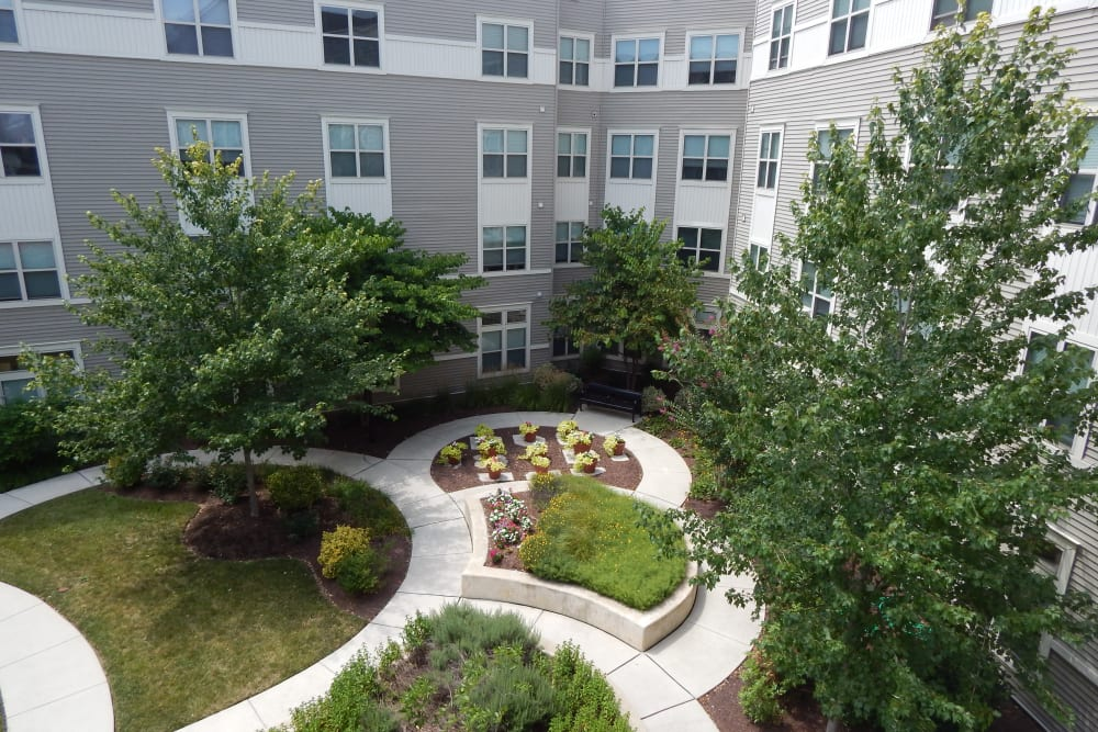 Large courtyard at Arthur Capper Senior Apartments