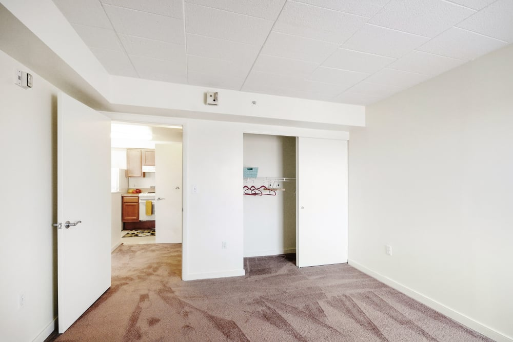 Carpeted bedroom at Edgewood Commons
