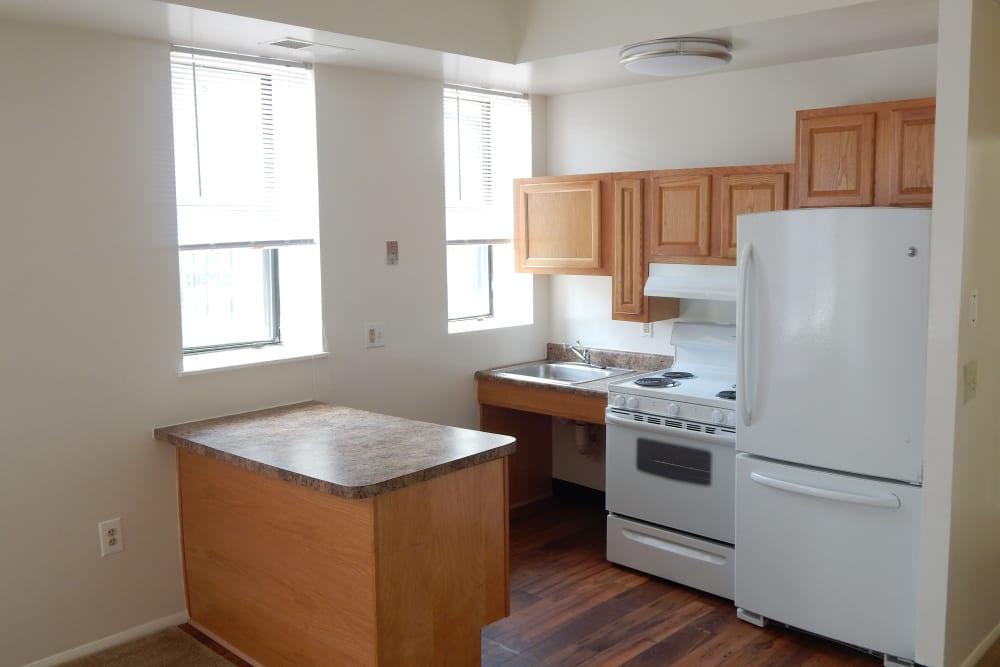 R Street kitchen with hardwood floor